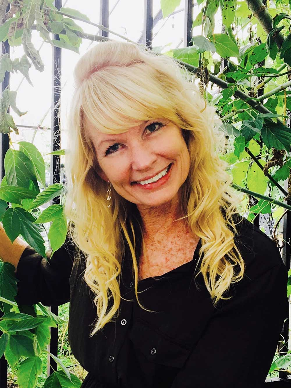 Lynn Senfelds